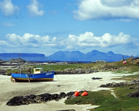 morar_boat_with_boat_from_oban_280x224_jpeg.jpg